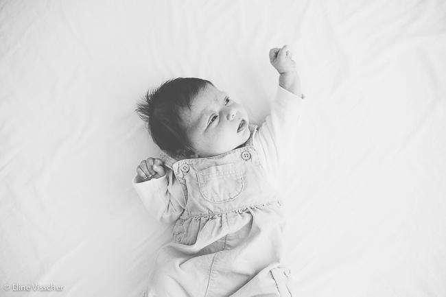 01-newborn-baby-girl